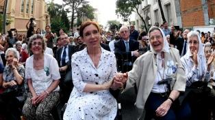 Cristina Kirchner se suma al homenaje a los desaparecidos en la Iglesia de la Santa Cruz