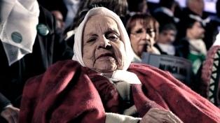 Velan en la Legislatura porteña los restos de Carmen Aguiar de Lapacó
