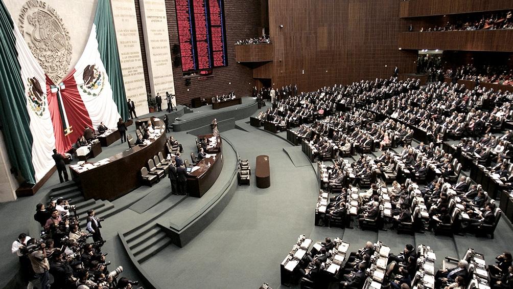 El Congreso mexicano aprobó una ley que obliga a la patronal a pagar  insumos a los teletrabajadores - Télam - Agencia Nacional de Noticias
