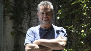 """Daniel Guebel: """"Las series de TV son el hijo bobo de un libro como 'Las mil y una noches'"""""""