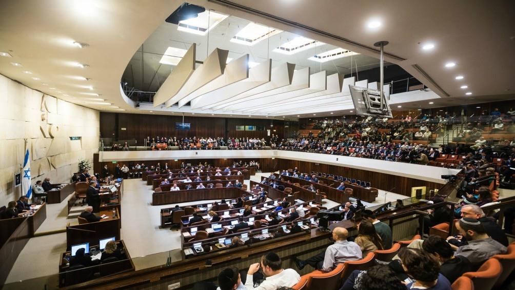 """""""La comisión de Defensa nombró una comisión de revisión formada por varios grupos"""", precisó el legislador Ram Ben Barak."""
