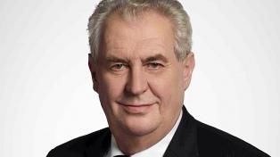 Elecciones presidenciales checas, con el euroescéptico Zeman como favorito