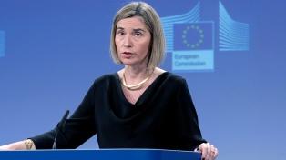 Mogherini insta a respetar la tregua para evacuar civiles y heridos