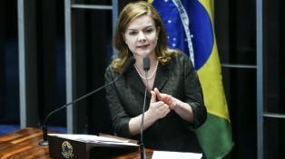 La presidenta del PT denunció un pacto de tolerancia de la derecha liberal con Bolsonaro