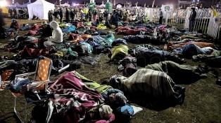 Miles de personas desafiaron el frío a la espera de la misa del papa Francisco