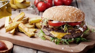 """Celebran el """"Día de la hamburguesa"""" con una nueva edición de la """"Burger Week"""""""