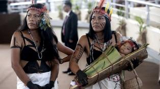 Indígenas piden agua debido a contaminación por un derrame en la Amazonia peruana