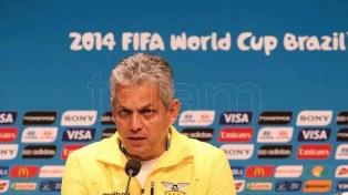 Tras quedar fuera de Rusia, Chile presentó a su nuevo técnico