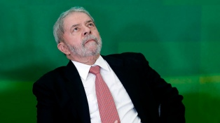 """Dirigentes argentinos denuncian la """"proscripción"""" de Lula"""