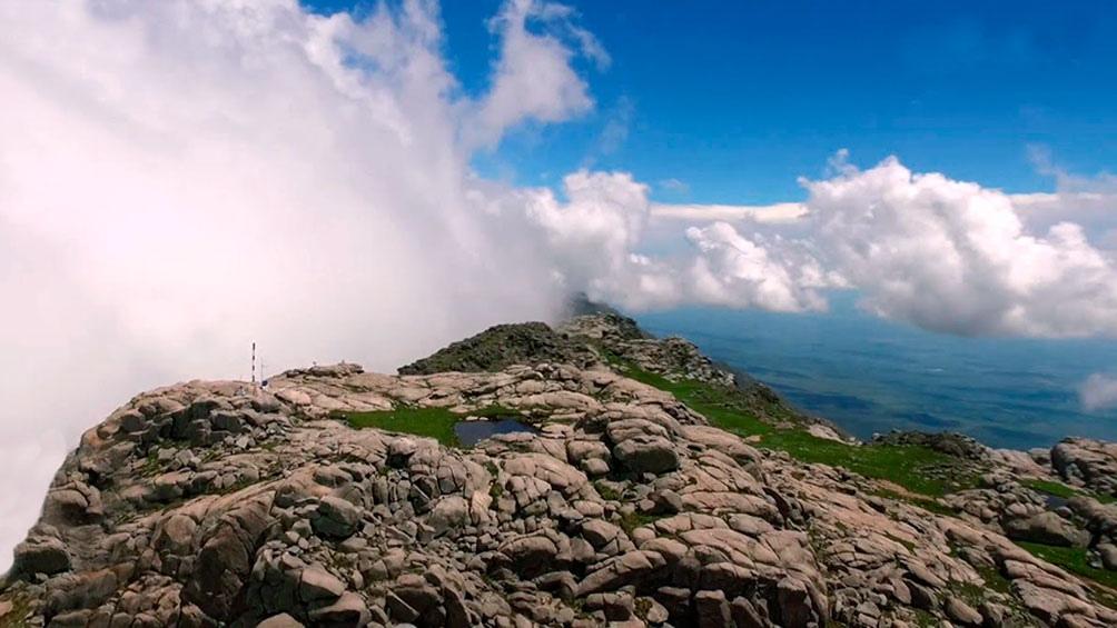 El cerro Champaquí, de 2884 metros, es el pico más alto de la provincia de Córdoba.