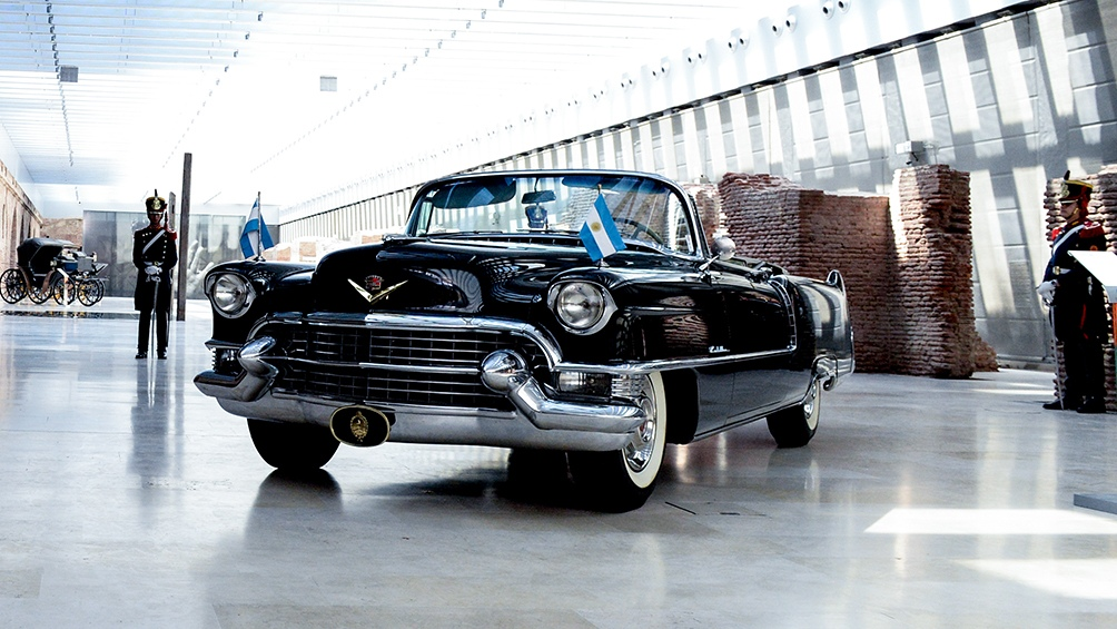 Auto presidencial Cadillac descapotable que compró el expresidente Juan Domingo Perón en 1955.