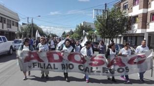 El gobierno ofreció $2000 de aumento y los gremios docentes lo rechazaron