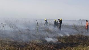 Un incontrolable incendio afecta mil hectáreas en la Reserva Punta Lara