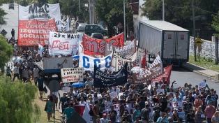 Sin cortar la autopista, reclamaron la reincorporación de los despedidos en el Hospital Posadas