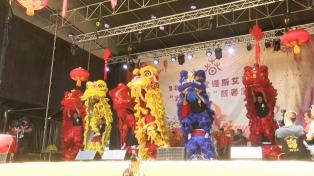 Miles de personas participan del cierre de los festejos del Año Nuevo Chino