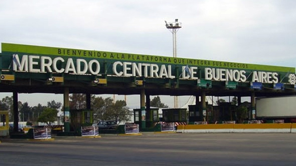 El Mercado Central de Buenos Aires abastece al 20% del consumo nacional de frutas y verduras