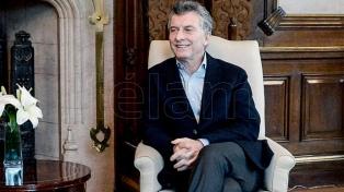 Macri recibe al intendente de Vicente López en la Casa Rosada