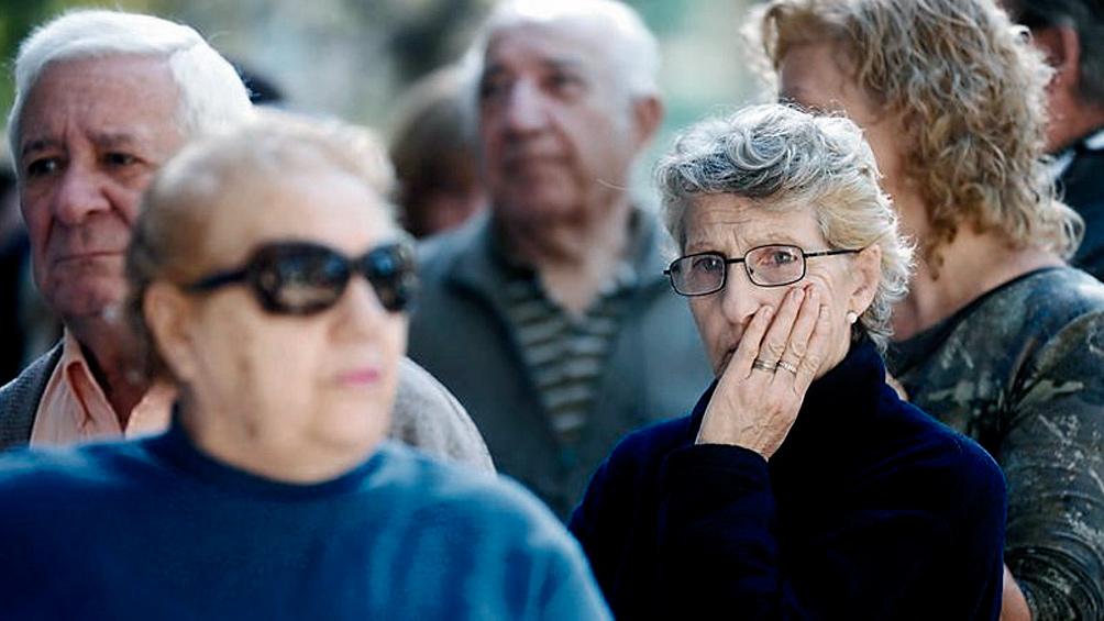 Cobran los jubilados y pensionados con ingresos hasta $ 23.120 y DNI terminado en 6
