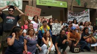 Acuerdan con gremios docentes revisar las clausuras de escuelas rurales