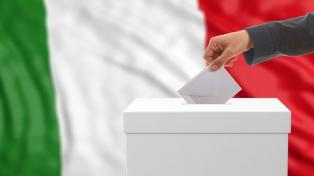 Colas y demoras en lo comicios por el nuevo sistema electoral