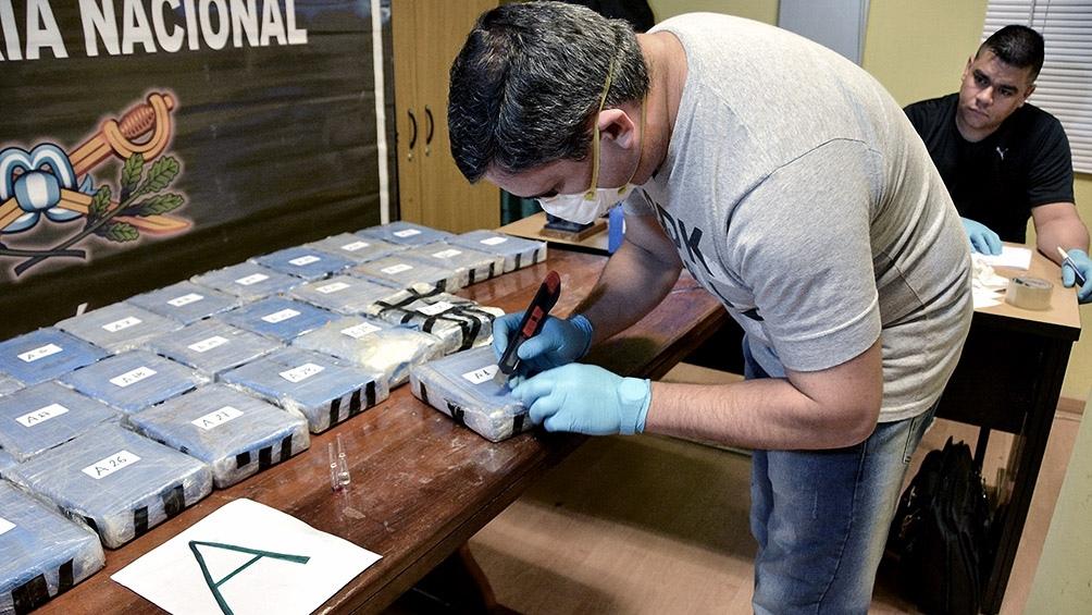 La acusación es por integrar la organización que intentó traficar cocaína entre Alemania, Reino de Países Bajos y Rusia.