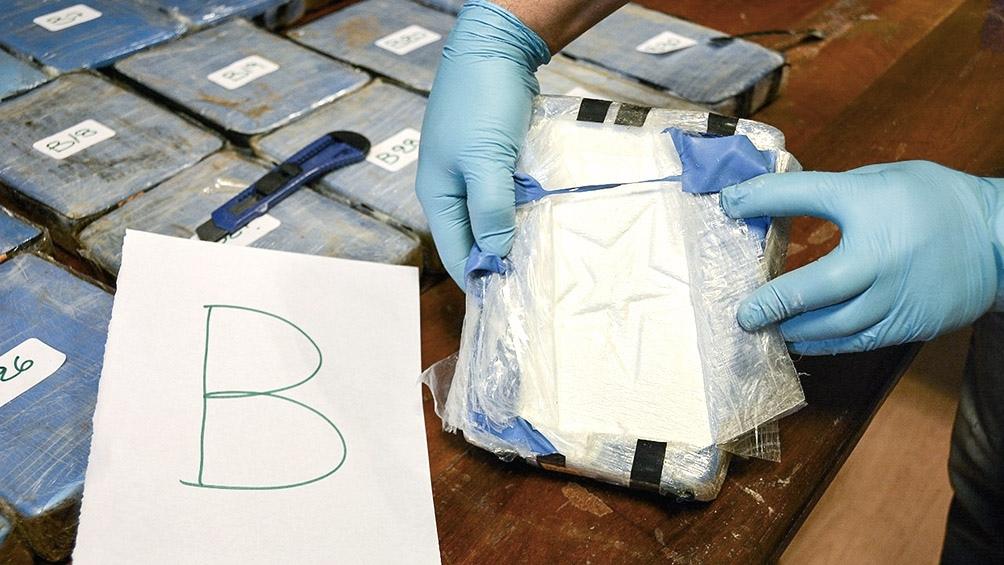 """Las valijas fueron introducida en la embajada por un exdiplomático con la intención de trasladarla """"en forma fraudulenta""""."""