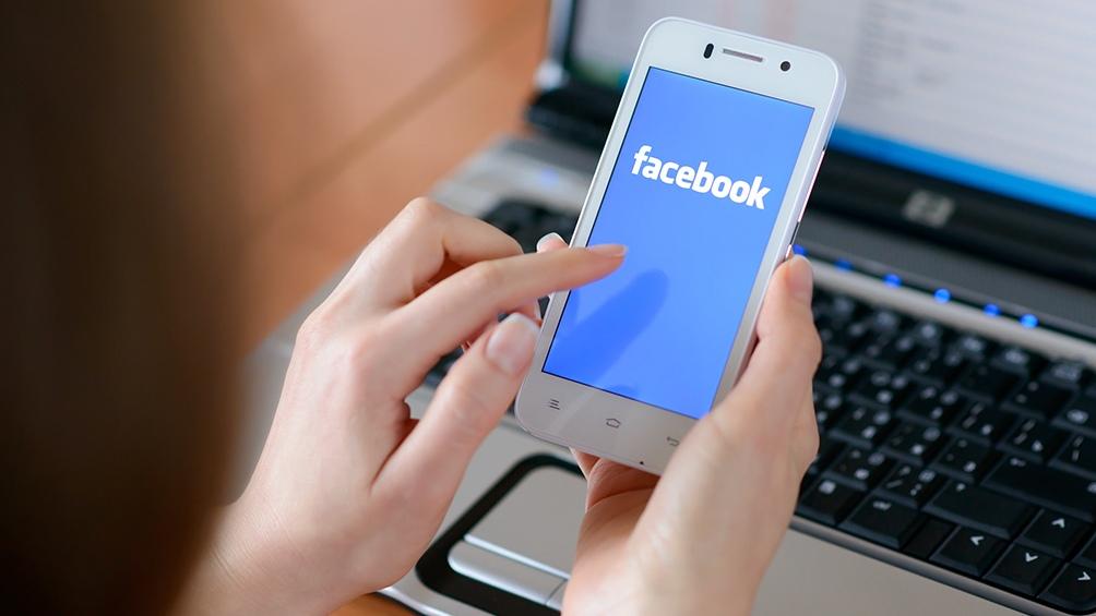 WhatsApp y Facebook estuvieron caídos o con problemas durante dos horas
