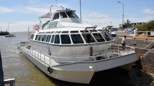 El joven que alquiló el barco suspendió otros festejos