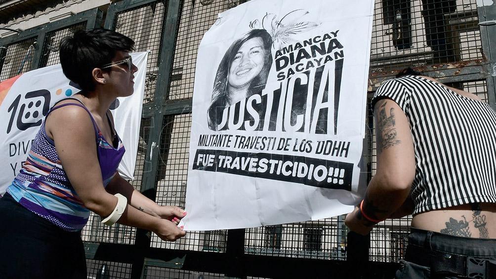 La autopsia reveló que Diana Sacayán presentaba 27 lesiones en su cuerpo, 13 de ellas producidas por un cuchillo.