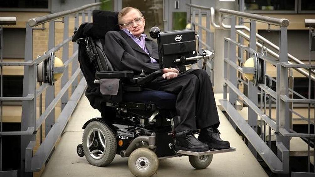 El archivo del científico Stephen Hawking será atesorado por la Universidad  de Cambridge - Télam - Agencia Nacional de Noticias