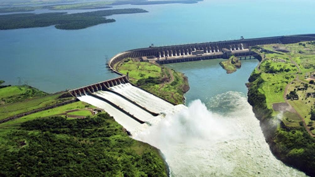 El debate era por una millonaria deuda generada por los administradores de la represa de Itaipú