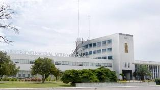 """""""Estamos dando una educación de emergencia"""", dicen rectores de universidades del conurbano"""