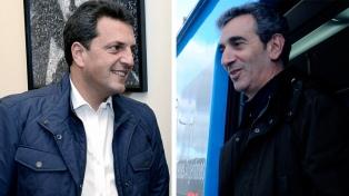 Massa y Randazzo toman impulso asesorando gratis a la gente por las tarifas