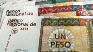 Cuba elimina el pago en pesos convertibles en algunos bares y restaurantes