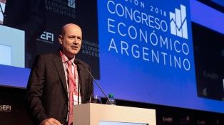 """Sturzenegger aseguró que la economía """"creció 4% punta a punta"""" en 2017"""