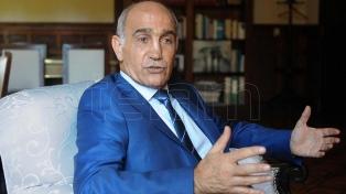 """Salvador aseguró que el radicalismo """"va a ratificar su pertenencia"""" a Cambiemos"""
