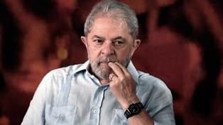 Autorizan a que una comisión de legisladores visite a Lula