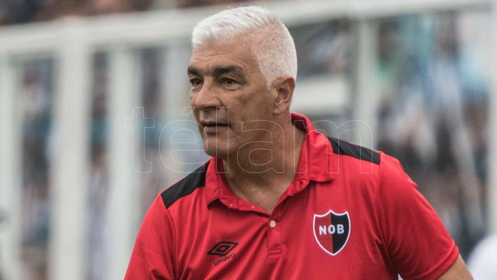 Atlético Tucumán, con el debut de De Felippe, visita a Unión