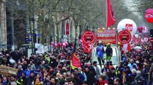 Siguen las huelgas y el gremio del sector energético amenaza con cortes de luz
