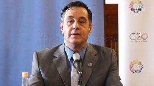 """Finocchiaro participó de un encuentro sobre """"desafíos energéticos de la Argentina"""""""