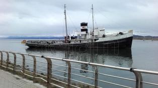Convertirán al barco varado en el Canal Beagle en reserva natural para aves
