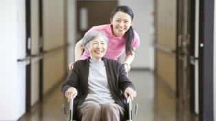 Estiman que para 2040 habrá más ancianos y vivirán en soledad