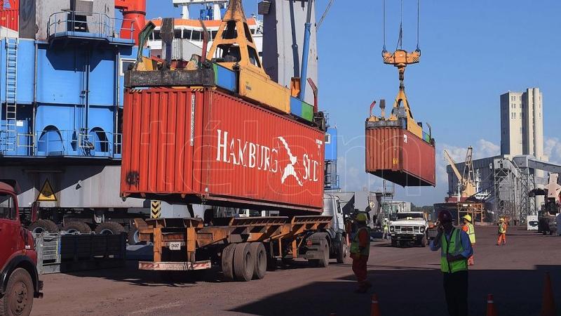 Reducen a cero las retenciones a exportaciones agroindustriales de las economías regionales