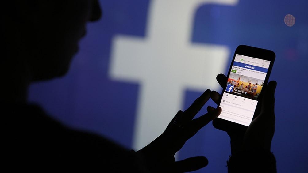 Facebook  fue multado bajo los mismos cargos con 6 millones de rublos.
