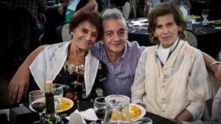 Las Madres de Plaza de Mayo, divididas, recordaron 41 años de la primera ronda