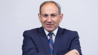 Nikol Pashinian logró ser nombrado como primer ministro por el Parlamento