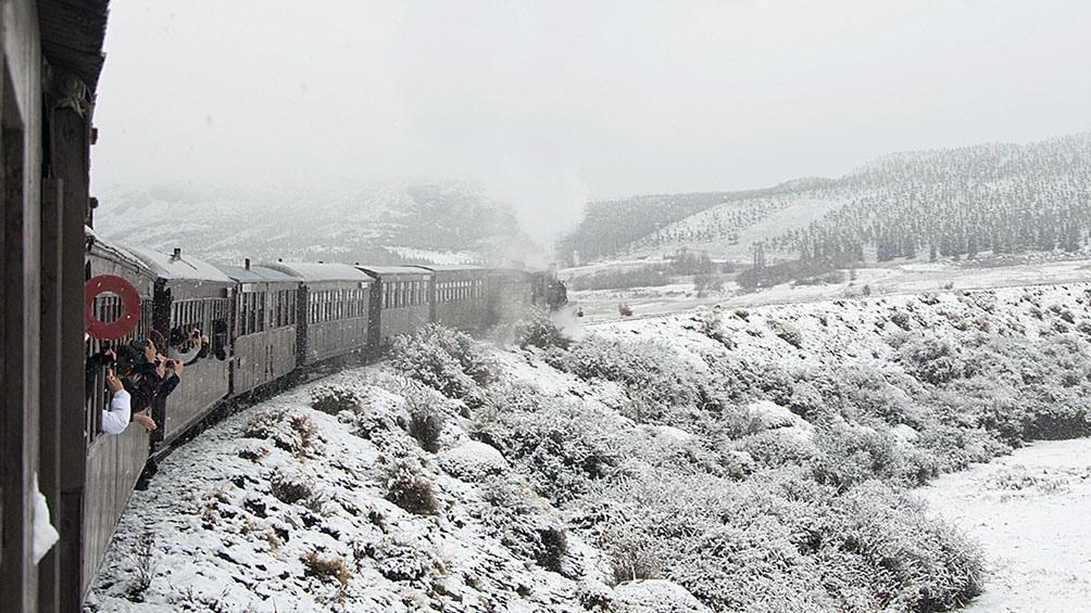 El Viejo Expreso Patagónico recorre 18 kilómetros desde Esquel hasta la estación Nahuel Pan.