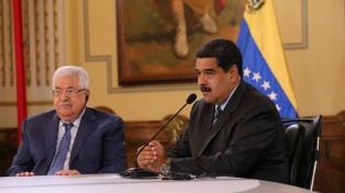 Maduro recibió en Caracas al presidente palestino, Mahmud Abbas
