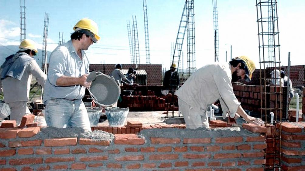 """El Gobierno reabrió la línea """"Créditos Casa Propia"""" para la construcción de viviendas."""