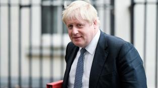 El Gobierno británico se opone a nuevos confinamientos pero anuncia medidas para el invierno